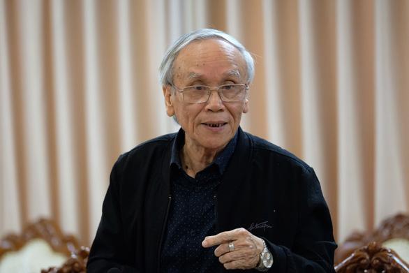 Đối thoại gay gắt giữa hội đồng thẩm định sách và giáo sư Hồ Ngọc Đại - Ảnh 14.