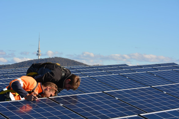 Thủ đô Canberra chuyển đổi sang sử dụng điện năng tái tạo - Ảnh 1.