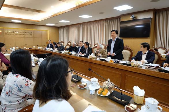 Đối thoại gay gắt giữa hội đồng thẩm định sách và giáo sư Hồ Ngọc Đại - Ảnh 1.