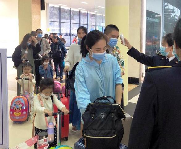 Quảng Ninh siết chặt các cửa khẩu với Trung Quốc để ngăn virus corona - Ảnh 1.