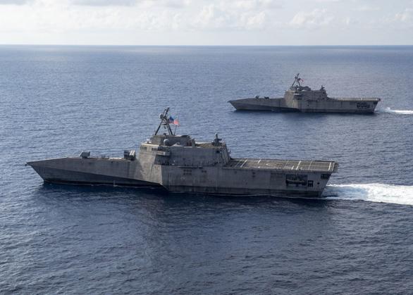 Tàu chiến Mỹ áp sát thực thể lớn nhất Trung Quốc xây trái phép ở Trường Sa - Ảnh 1.