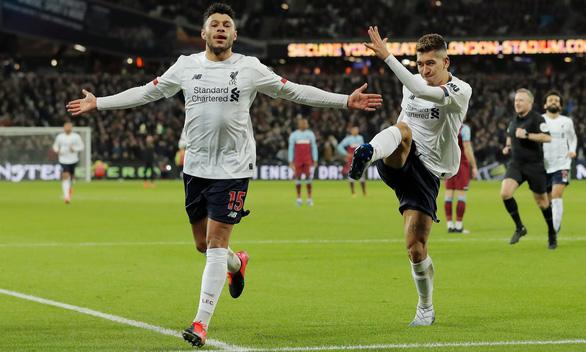 Salah và Chamberlain giúp Liverpool hơn M.C 19 điểm - Ảnh 1.