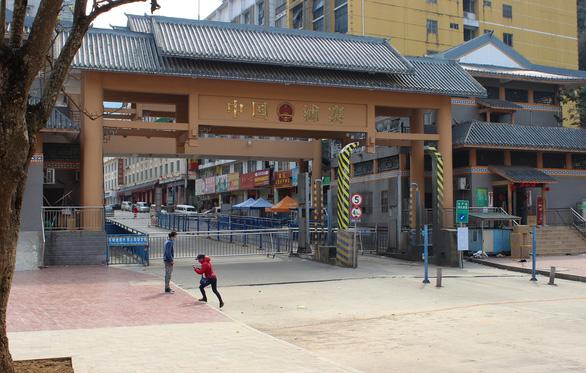 Cửa khẩu vắng như chùa Bà Đanh trong dịch cúm corona - Ảnh 5.