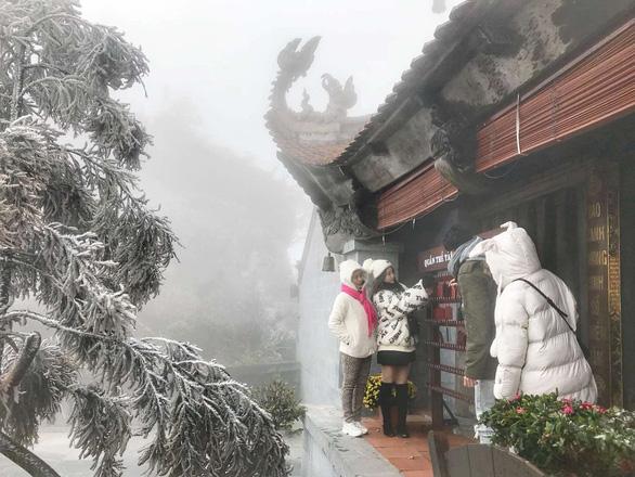 Lên Fansipan mở cổng trời và đắm mình trong tiếng khèn hoa Tây Bắc - Ảnh 6.