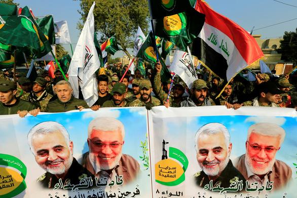 Hàng ngàn người Iraq dự lễ tang tướng Iran, hô vang Cái chết cho nước Mỹ - Ảnh 4.