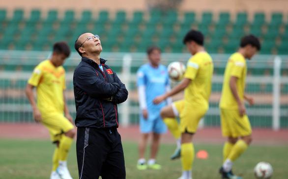 HLV Park Hang Seo chọn ai đá cánh phải trận U23 UAE? - Ảnh 1.