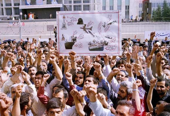 Lịch sử xung đột liên tục Mỹ - Iran - Ảnh 9.