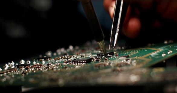 Mỹ giới hạn xuất khẩu phần mềm trí tuệ nhân tạo (AI) sang Trung Quốc - Ảnh 1.