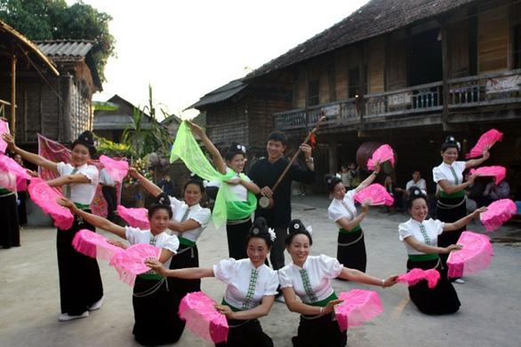 Đón xuân với người Thái ở Tây Bắc - Ảnh 1.