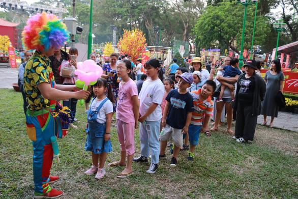 Hoạt động thiện nguyện 'Tết trẻ em' tại Lễ hội Tết Việt 2020 - Ảnh 6.