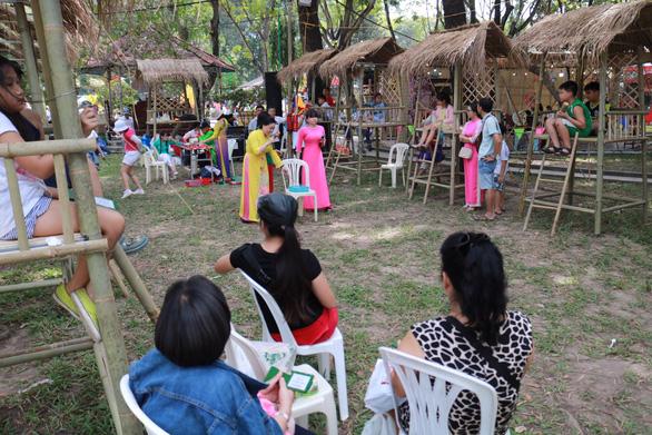 Hoạt động thiện nguyện 'Tết trẻ em' tại Lễ hội Tết Việt 2020 - Ảnh 9.