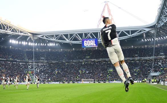 Ronaldo lập hat-trick, Juventus giữ vững đỉnh bảng - Ảnh 2.