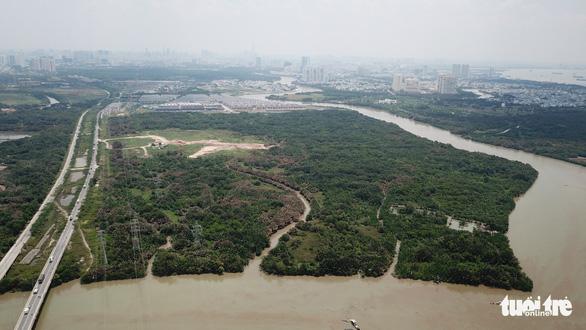 Sai phạm 32ha đất Phước Kiển: Bắt 2 nguyên lãnh đạo Công ty Tân Thuận - Ảnh 1.