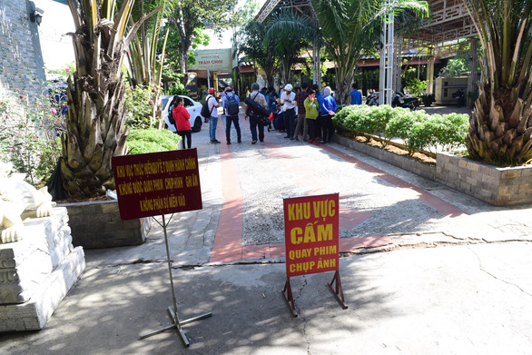 Cưỡng chế tháo dỡ toàn bộ phòng khách sạn tại Resort Gia Trang - Ảnh 2.