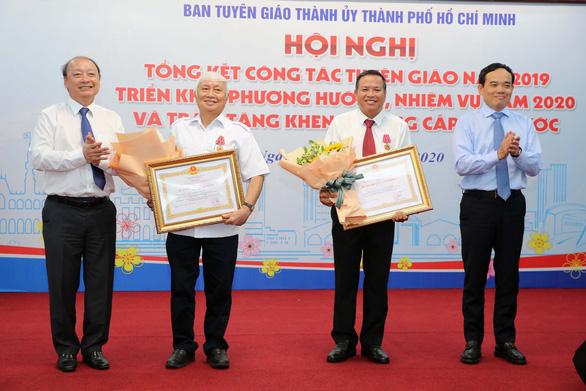 Ông Trần Lưu Quang: Cán bộ tuyên giáo phải tự trang bị sự nhạy cảm chính trị - Ảnh 3.