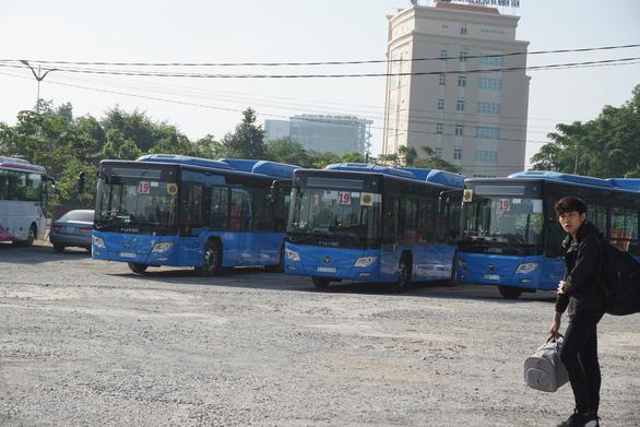 Nợ lương gần hai tháng giáp tết, xe buýt tuyến số 19 ngưng chạy - Ảnh 1.