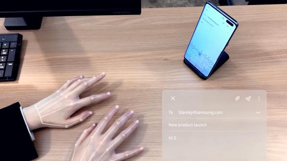 Bàn phím vô hình khiến ai cũng có thể có 'bàn tay ma thuật' - Ảnh 1.