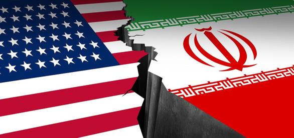 Toàn cảnh 10 ngày căng thẳng Mỹ - Iran: Từ võ mồm sang đối đầu trực diện - Ảnh 1.