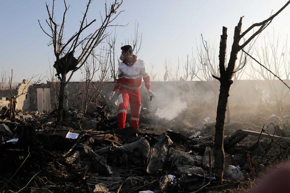 Iran quyết không giao hộp đen cho Mỹ điều tra vụ rơi máy bay Ukraine - Ảnh 1.