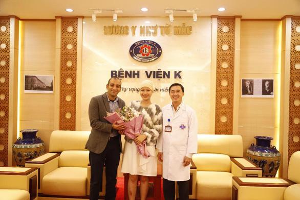 Nữ sinh viên bị ung thư thi duyên dáng được tặng 13 liệu trình thuốc đặc trị - Ảnh 2.