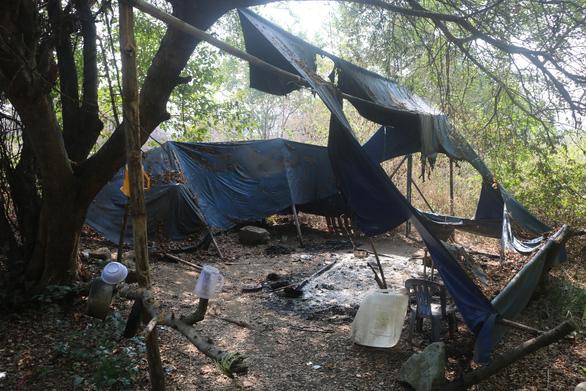 Công an tiếp nhận vụ ông Minh cô đơn ở làng đại học bị truy sát - Ảnh 2.