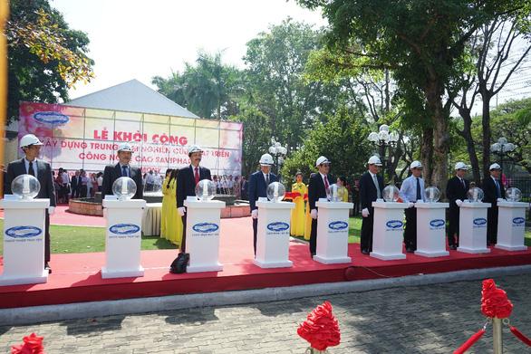 Lễ đón nhận GMP EU và xây dựng Trung tâm NCPT Công nghệ cao SAVIPHARM - Ảnh 2.