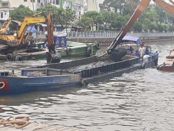TP.HCM bắt đầu nạo vét 5,6km kênh Nhiêu Lộc - Thị Nghè - Ảnh 1.