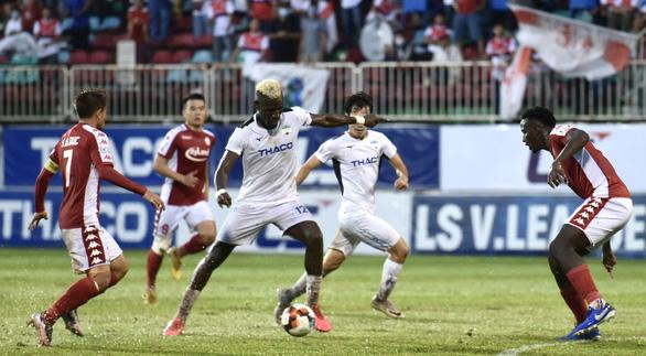 HLV Chung Hae Seong: 5 bàn thua quá dễ - Ảnh 2.