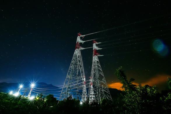 8.000 nhân viên tham gia hoàn thành dự án trạm biến áp, đường dây 500KV và nhà máy ĐMT Trung Nam - Ảnh 4.