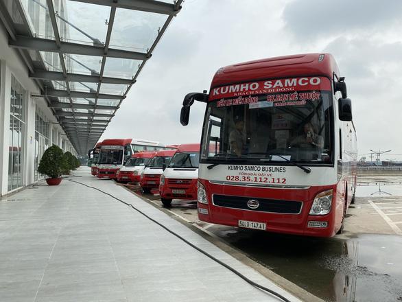 Khánh thành bến xe Miền Đông mới, tài xế, hành khách đều háo hức - Ảnh 4.