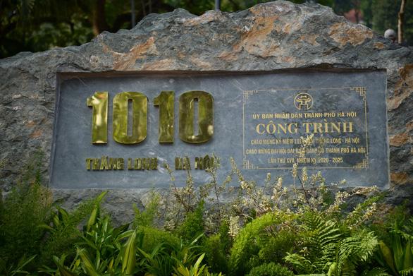 Lãnh đạo Hà Nội dâng hương kỷ niệm 1010 năm Thăng Long - Hà Nội - Ảnh 2.