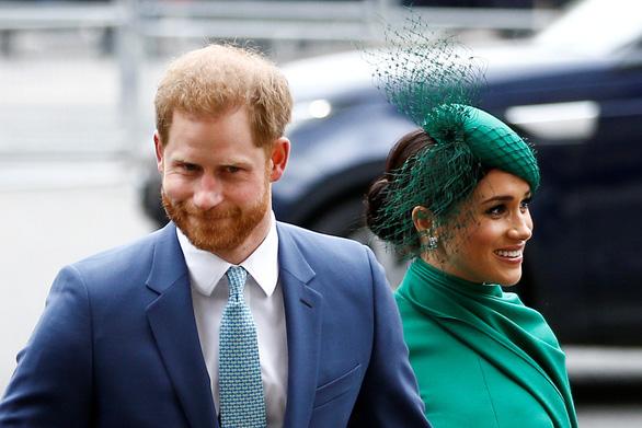 Vợ chồng hoàng tử Harry can thiệp bất hợp pháp chuyện nội bộ nước Mỹ? - Ảnh 1.