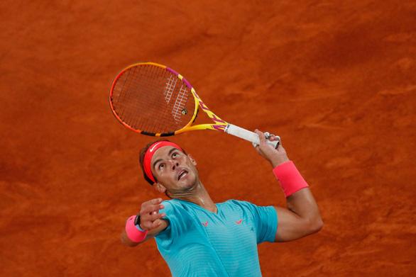Thắng gọn Djokovic, Nadal lần thứ 20 vô địch Grand Slam - Ảnh 11.