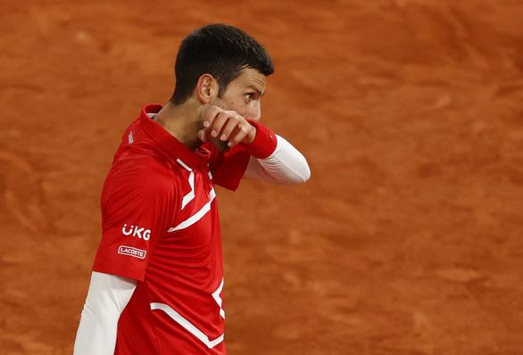 Thắng gọn Djokovic, Nadal lần thứ 20 vô địch Grand Slam - Ảnh 12.