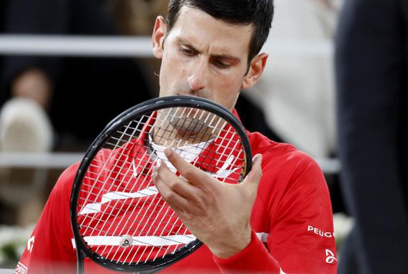 Thắng gọn Djokovic, Nadal lần thứ 20 vô địch Grand Slam - Ảnh 6.