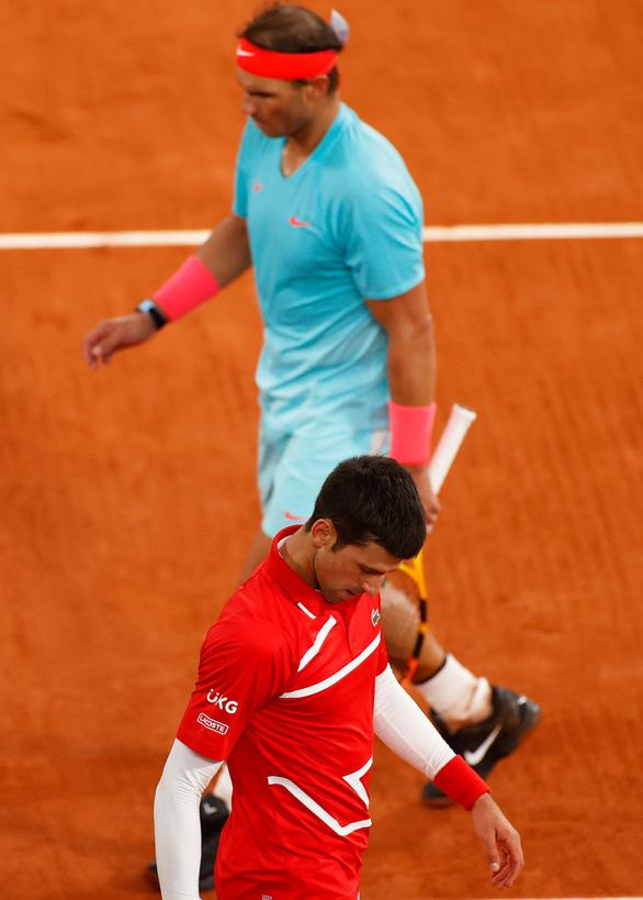 Thắng gọn Djokovic, Nadal lần thứ 20 vô địch Grand Slam - Ảnh 7.