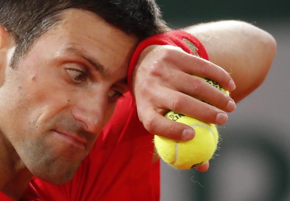 Thắng gọn Djokovic, Nadal lần thứ 20 vô địch Grand Slam - Ảnh 5.