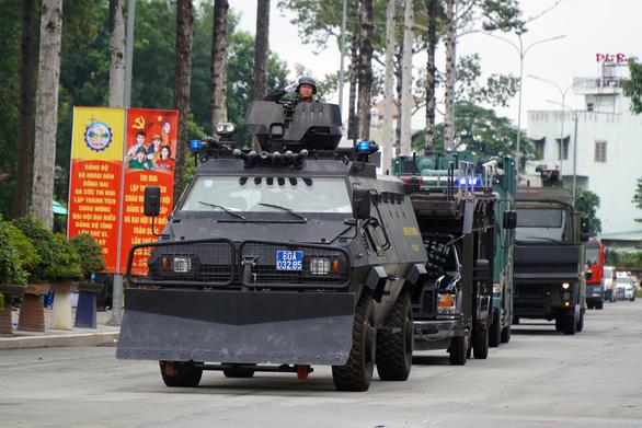 Bí thư Đồng Nai khen công an ngăn chặn nhóm giang hồ 'hỗn chiến' tranh giành đất - Ảnh 2.
