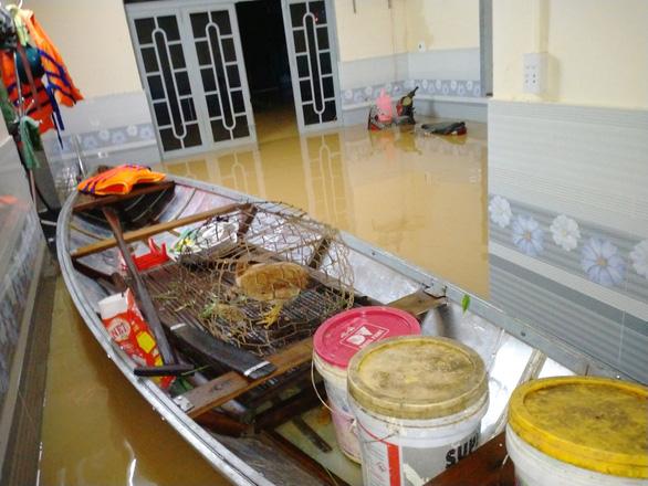 3 thủy điện cùng xả đến 5.000 m3/s, hạ du Quảng Nam lại ngập lũ - Ảnh 5.