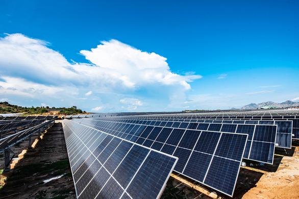 Vượt hiểm trở hoàn thành trạm biến áp 500kv và đường dây 220/500kv kết hợp nhà máy điện mặt trời - Ảnh 3.