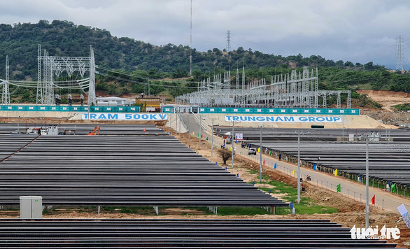 Khánh thành dự án điện mặt trời lớn nhất Đông Nam Á tại Ninh Thuận - Ảnh 2.