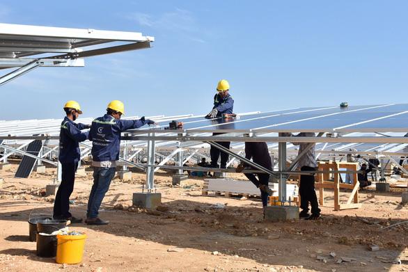 Khánh thành dự án điện mặt trời lớn nhất Đông Nam Á tại Ninh Thuận - Ảnh 3.