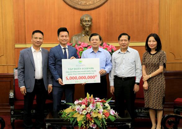 Ecopark ủng hộ đồng bào nghèo miền Trung 5 tỉ đồng khắc phục hậu quả bão lũ - Ảnh 1.