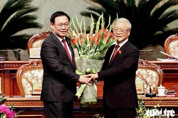 Ông Vương Đình Huệ tái đắc cử bí thư Hà Nội - Ảnh 1.