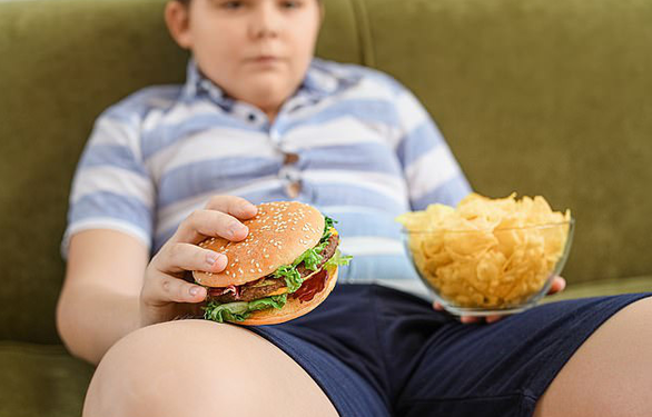 Béo phì ở trẻ em có thể do viêm não - Ảnh 1.
