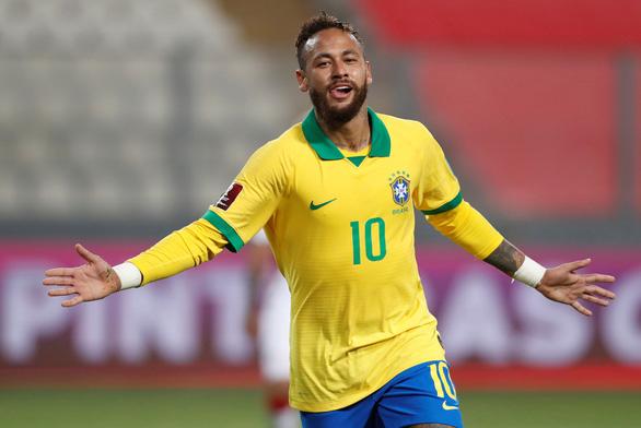 Neymar vượt mặt Ronaldo 'béo', hướng đến kỷ lục ghi bàn của 'Vua' Pele - Ảnh 1.