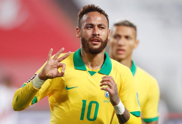 Neymar lập hat-trick, Brazil thắng ngược kịch tính Peru - Ảnh 5.