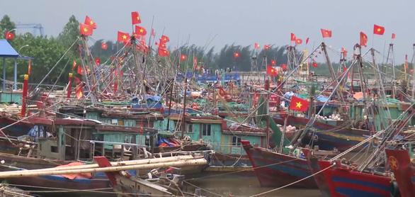 Thái Bình cấm tàu thuyền ra khơi để phòng chống bão số 7 - Ảnh 1.