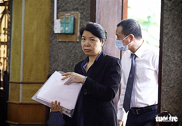 Phúc thẩm vụ gian lận điểm thi tại Sơn La: hoãn xử vì vắng luật sư - Ảnh 5.