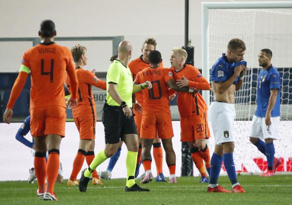 Cầm chân Ý, Hà Lan vẫn chưa biết thắng cùng HLV Frank de Boer - Ảnh 2.